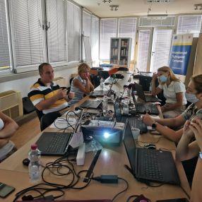 Obuke o obradi i analizi podataka u okviru Agencije